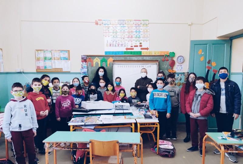 2021 | Πρώτη Αποστολή τεχνολογικού εξοπλισμού στο 2/Θ Δημοτικό Σχολείο Χυδήρων Λέσβου